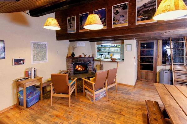 Hotel Pictures: Refugi Rural Vall de Siarb, Llagunes