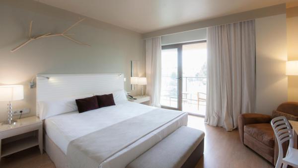 Hotel Pictures: Vincci Valdecañas Golf, El Gordo