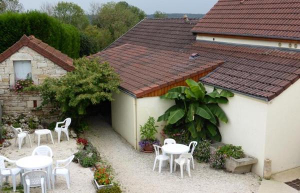 Hotel Pictures: Maison d'Hote le Relais, Fresnes