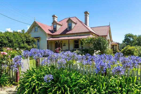 Фотографии отеля: Cambridge House Bed & Breakfast, Geeveston