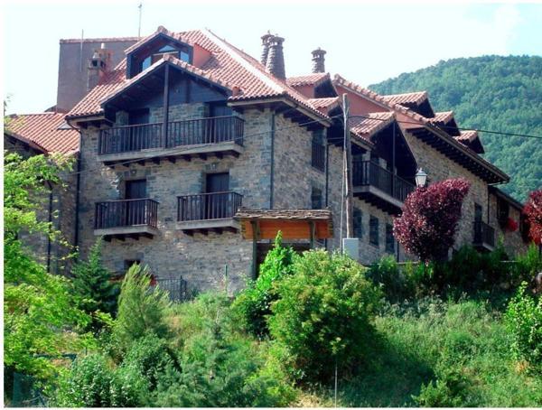 Hotel Pictures: Apartamentos Casa Alcaire, Gavín