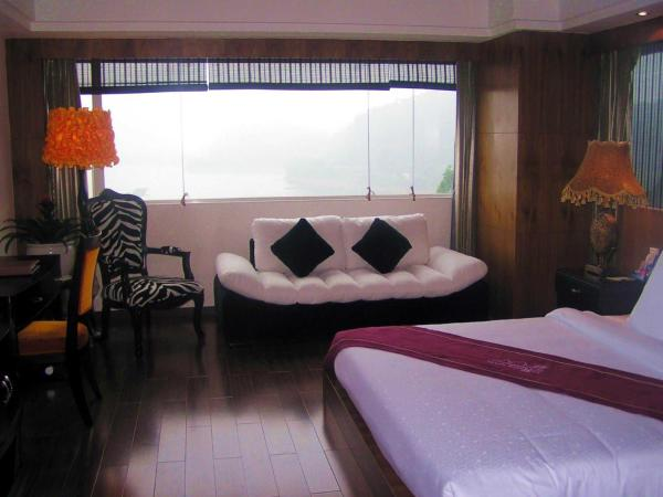 Hotel Pictures: Shangli Gaojia Farm Stay, Yaan