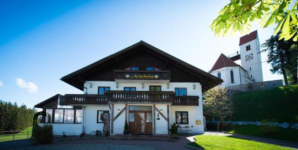 Hotel Pictures: Panoramagasthof auf dem Auerberg, Bernbeuren