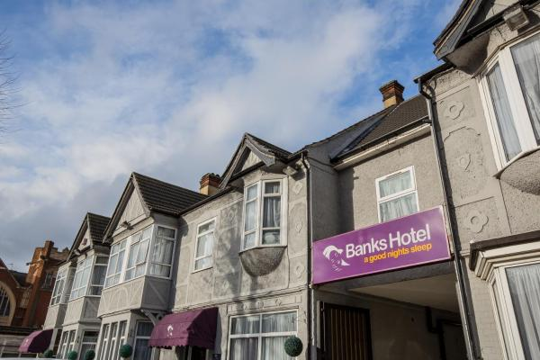 Hotel Pictures: Banks Hotel, Ilford