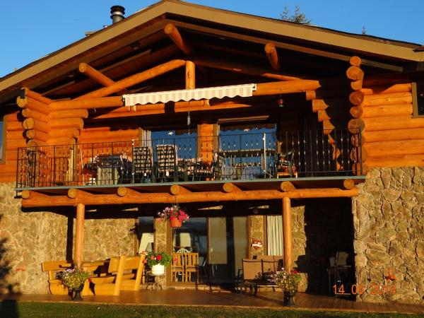 Hotel Pictures: Tyhee Lake Guest Ranch, Telkwa