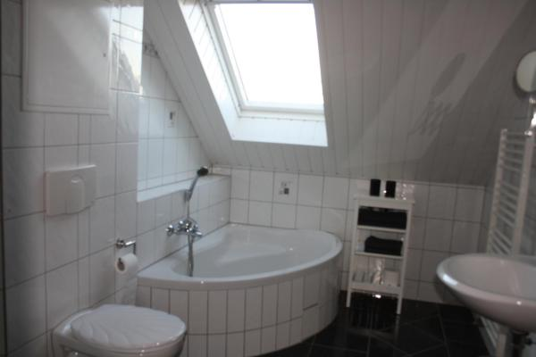 Hotel Pictures: , Alach