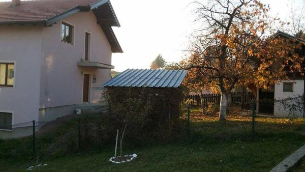 Hotellikuvia: Holiday Home Osmanovic, Vogošća