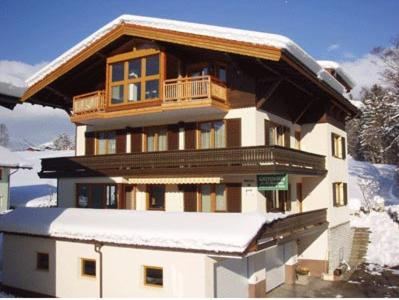 Hotelbilleder: Gästehaus Sandtner, Abtenau