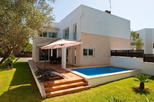 Hotel Pictures: Villa Ferrera Select B, Cala Ferrera