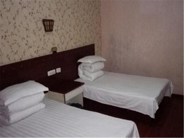 Hotel Pictures: Wuyuan Jiangwan Town Houlong Mountain Lotus Inn, Wuyuan