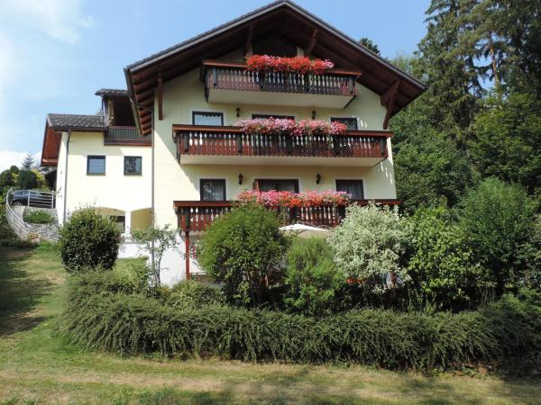 Hotel Pictures: Ferienwohnung Waldoase am Fuchsenstein, Spiegelau