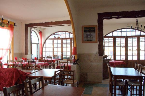 Hotel Pictures: , Albaron