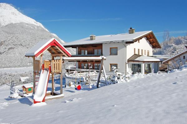 Foto Hotel: Appartementhaus Lechner, Arzl im Pitztal