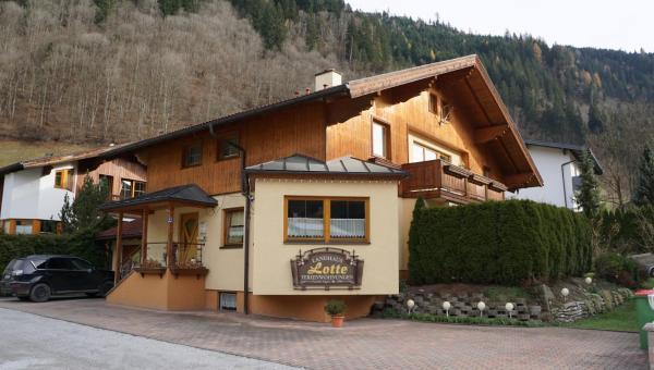 Foto Hotel: Landhaus Lotte, Dorfgastein