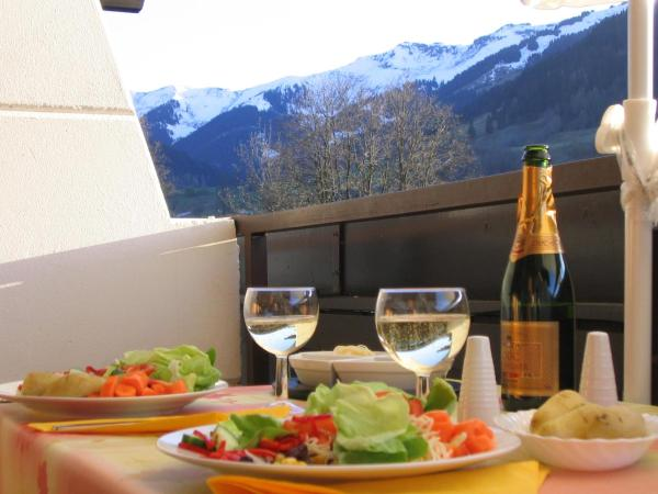 Hotel Pictures: Maria Alm Studio Apartment, Maria Alm am Steinernen Meer