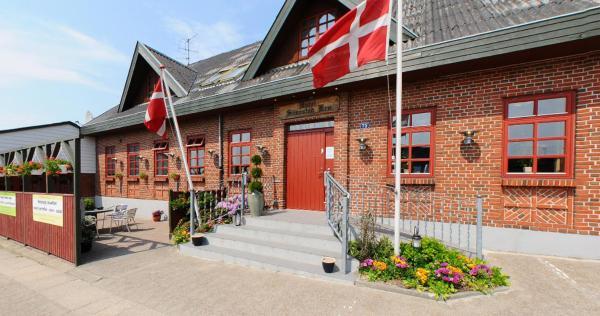 Hotel Pictures: Hotel Simested Kro, Ålestrup