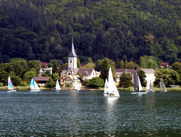 Photos de l'hôtel: Ferienwohnungen Steger, Bodensdorf