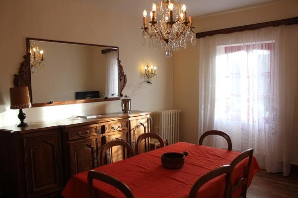 Hotel Pictures: Homestay Château De Saint-Maixant, Saint-Maixant