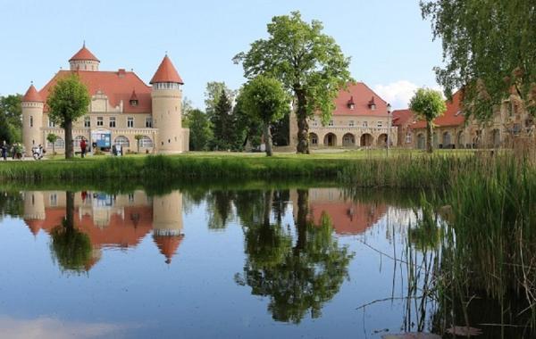Hotelbilleder: Ferienwohnung Schloß Stolpe, Stolpe auf Usedom