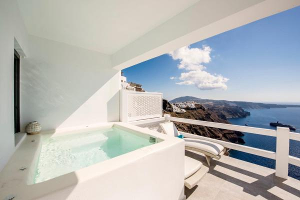 Honeymoon prive suite - Panoramic Caldera & Volcano Sea View - private outdoor hot tub