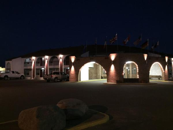 Hotel Pictures: El Lobo Motel, Cold Lake