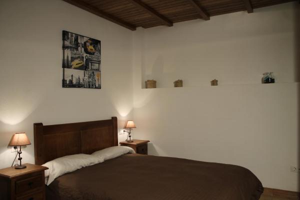 Hotel Pictures: Apartamentos Real Fábrica Hojalata, Júzcar