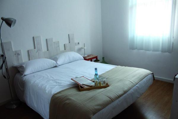 Hotel Pictures: MON ComeySueña Guesthouse, Monforte de Lemos