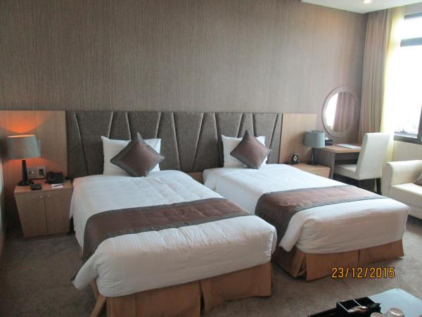 Business package - Deluxe Double or Twin Room with City View - Non-refundable