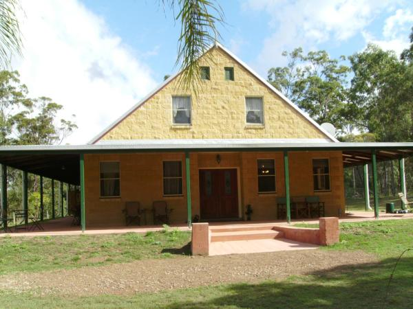 Foto Hotel: Back to the Bush, Aramara