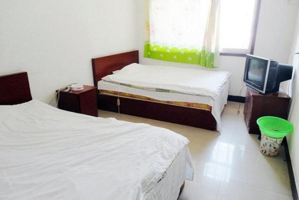 Hotel Pictures: Yishui Sun & Moon Inn, Yishui