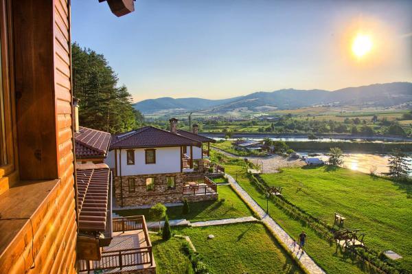 Hotellikuvia: Eco Village Ruminika, Dorkovo