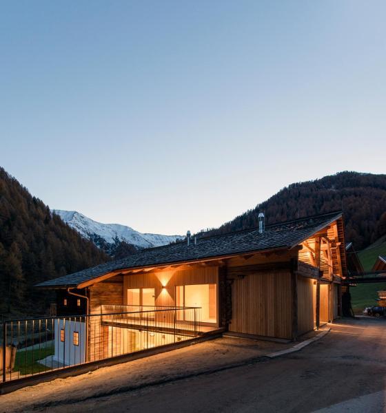 Fotos do Hotel: Alfenalm - Ferienwohnungen am Berg - Giatla Haus, Innervillgraten