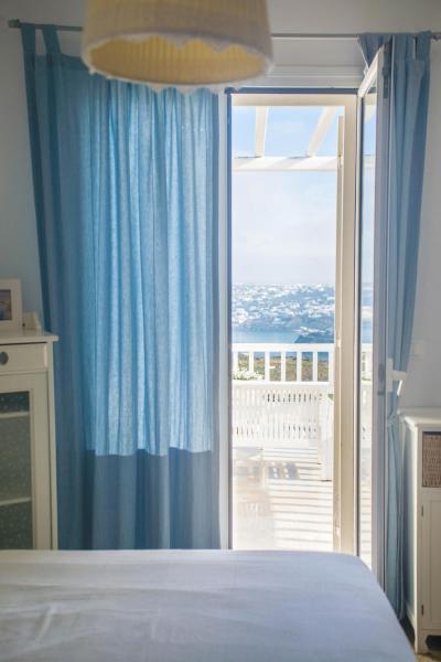 Corfos Sea View House I