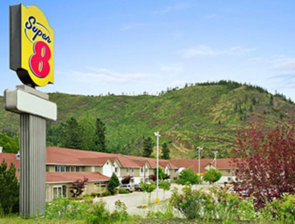 Hotel Pictures: Super 8 West Kelowna, West Kelowna