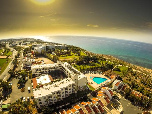 Hotel Pictures: Helios Bay Hotel, Paphos City