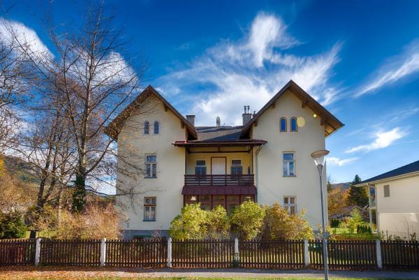 Fotos de l'hotel: Landhaus Blauer Spatz Reichenau an der Rax, Reichenau