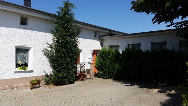 Hotel Pictures: Ferienwohnungen Haus Mecklenburg, Elmenhorst