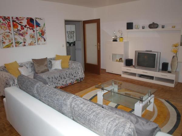 Foto Hotel: Lake & Mountain View Apartment, Sankt Gilgen