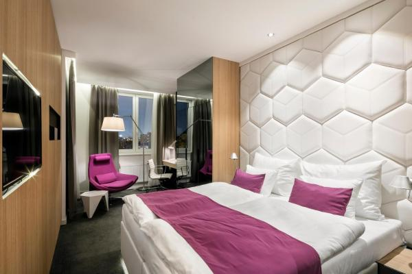 Special Offer - Superior Double Deluxe Room with Relax Massage