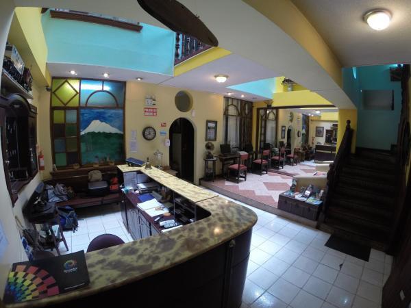 Hotel Pictures: Hotel Estación, Riobamba