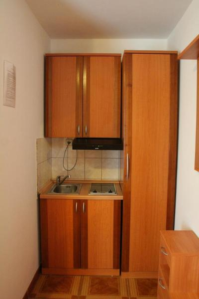 Hotel Pictures: Apartments Tonimir, Vodice