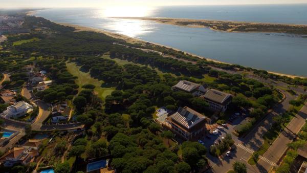 Hotel Pictures: Hotel Nuevo Portil Golf, El Rompido