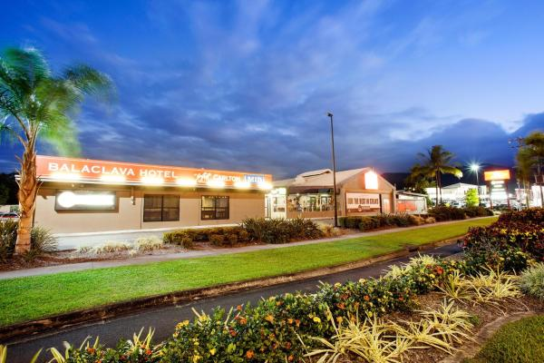 Hotellikuvia: Balaclava Hotel, Cairns