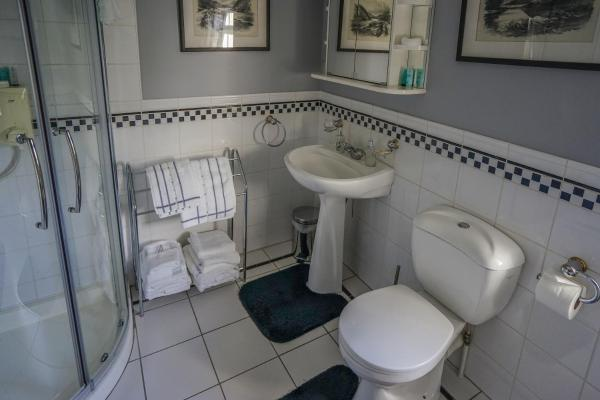 Hotel Pictures: Tattykeel House, Omagh