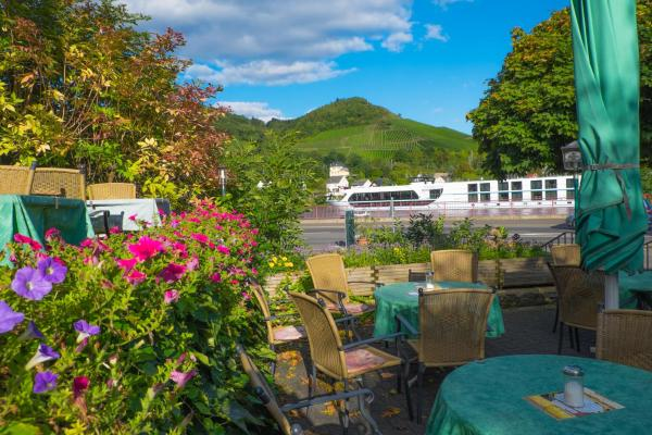 Hotel Pictures: Panorama-Café MOSELGARTEN, Alf