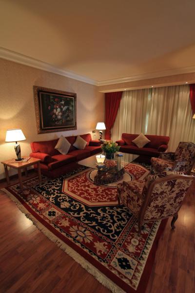 Presidential Apartment