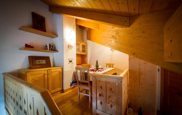 One-Bedroom Apartment (4 Adults) - Attic