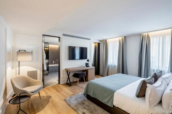 Standard Double Room with Parking