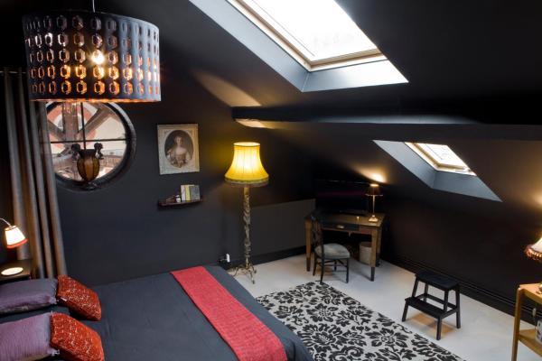 Hotel Pictures: La Maison De Bon Aloi, Vernaison