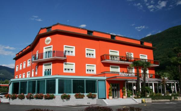 Hotel Pictures: Hotel La Perla, Sant'Antonino